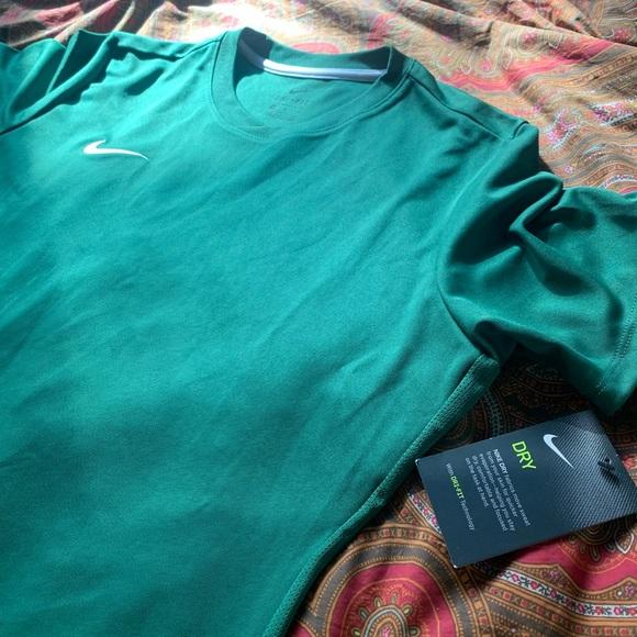 Nike Tops | Nwt Drifit Hunter Green